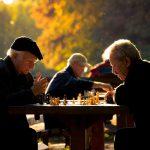 Presión arterial durante el tratamiento y resultados cardiovasculares en ancianos con hipertensión sistólica aislada