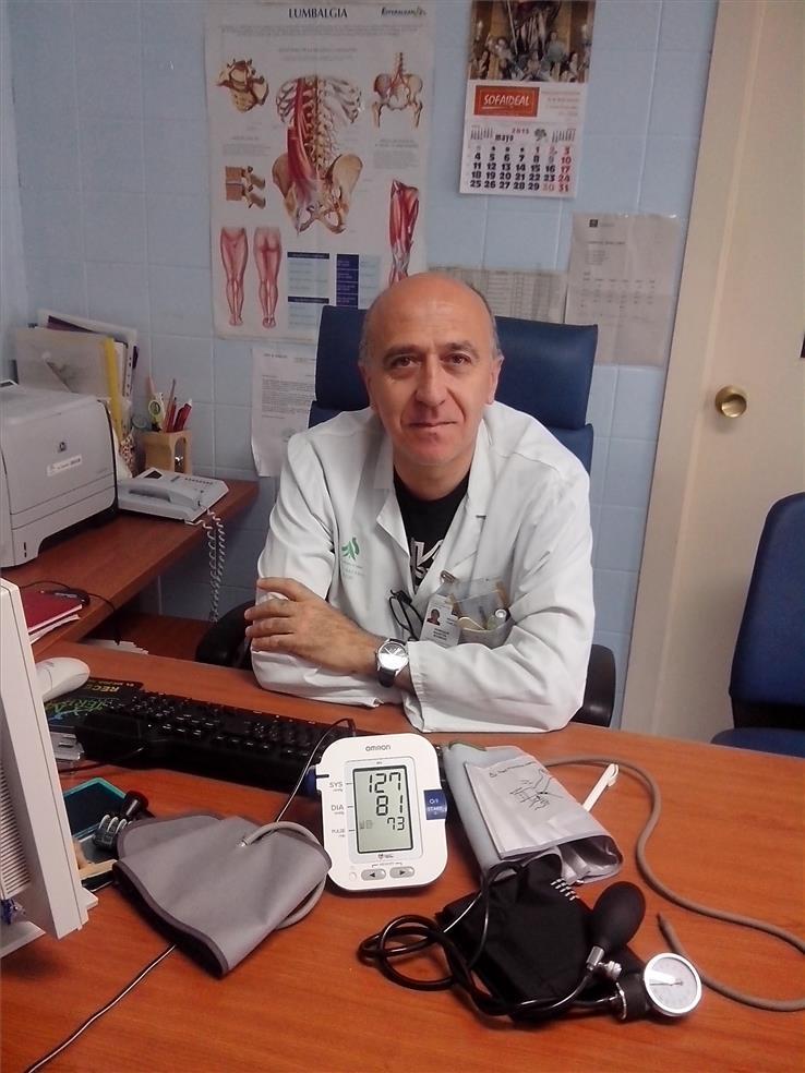 Dr. Enrique Martín Rioboó